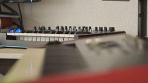 Synthesizer 211